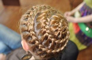 """Праздничные детские прически на длинные волосы, детская прическа из косичек """"корзинка"""""""