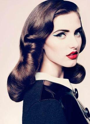 Яркий макияж для серых глаз, оригинальный макияж в стиле чикаго 30-х годов