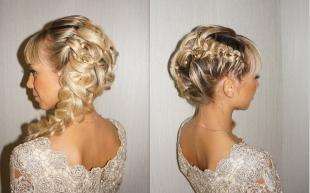 Цвет волос скандинавский блондин, прическа с ажурными косами