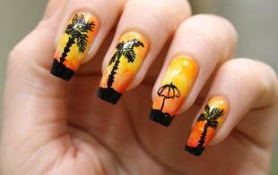 Черный френч, оранжевый маникюр с пальмами