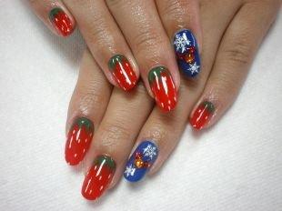 Красные ногти с рисунком, маникюр в виде клубники