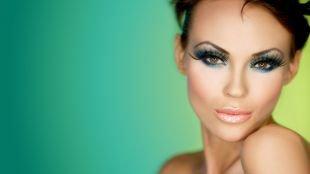 Креативный макияж, гламурный макияж для карих глаз