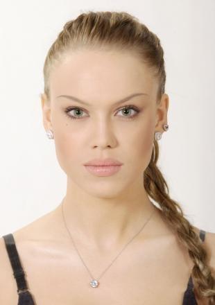 Макияж для полных лиц, макияж глаз с тонкими бровями
