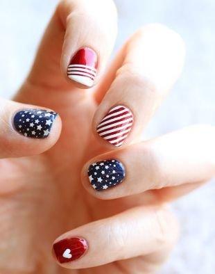 Оригинальный маникюр, американский флаг на ногтях