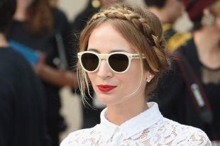 Прическа коса с челкой, деловая прическа с косой в форме ободка