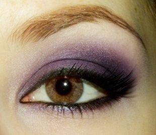 Темный макияж для рыжих, макияж для карих глаз с темно-сиреневыми тенями