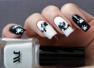 Рисунки с кошками на ногтях, черно-белый маникюр с кошками и кошачьими следами