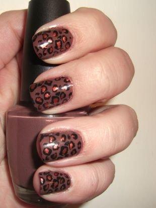 Молодёжные рисунки на ногтях, модный и игривый леопардовый маникюр