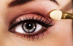 Макияж под черное платье, розовый макияж для серых глаз