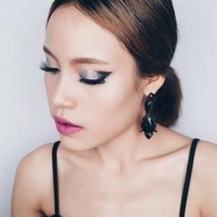 Вечерний макияж для серо-голубых глаз, вечерний макияж с серыми перламутровыми тенями