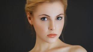 """Макияж на выпускной для голубых глаз, макияж для овального лица в стиле """"нюд"""""""
