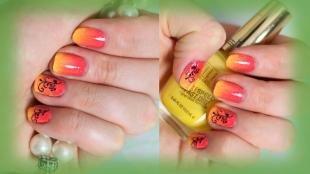 Коралловые ногти с рисунком, кораллово-оранжевый омбре-маникюр