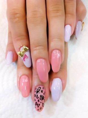 Рисунки на острых ногтях, гламурный маникюр на длинные ногти