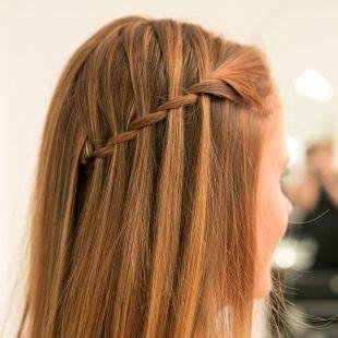 Прически для девочек на длинные волосы, простая прическа водопад