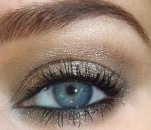 Свадебный макияж для блондинок с голубыми глазами, новогодний макияж глаз под золотое платье