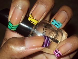 Радужный френч цветными гелями, цветной френч с модным принтом зебры