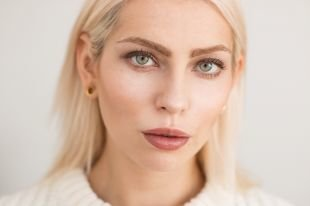Летний макияж для зеленых глаз, дневной макияж для блондинок