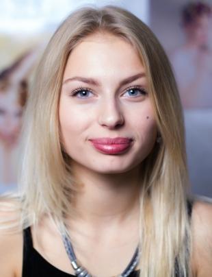 Естественный макияж для голубых глаз, умеренный дневной макияж